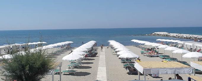 Acqua Beach | Marina di Massa | Toscana, Italy